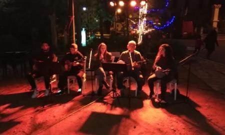 Καρδαμύλη: Μετά μουσικής η φωταγώγηση του χριστουγεννιάτικου δέντρου