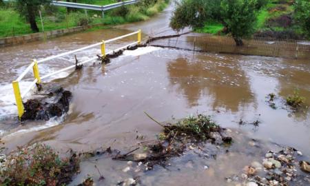 Πανελλαδικό ρεκόρ βροχής στην Αλαγονία-Ρεκόρ και στους ισχυρότερους ανέμους η Καρδαμύλη