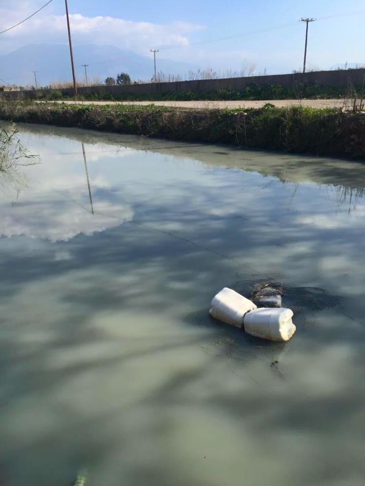 Ρύπανση και δυσοσμία ξανά στην τάφρο Μουτελάκη – Αντωνόπουλος: Το πρόβλημα είναι πολύ σοβαρό