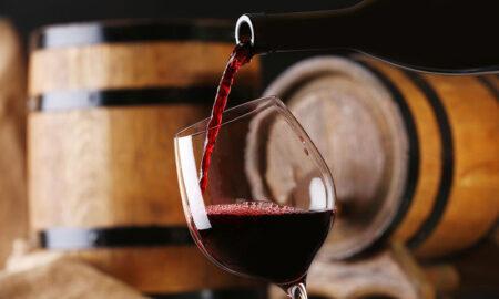 Κρασί: Αυξάνεται η ζήτηση σε σχέση με λάδι και φέτα