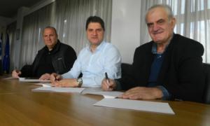 """Δήμος Μεσσήνης: """"Έπεσαν"""" οι υπογραφές για δίκτυα ομβρίων, αποκατάσταση δρόμων και αναπλάσεις"""