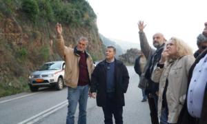 Αυτοψία για τις κατακρημνίσεις στην παλαιά εθνική οδό Καλαμάτας-Σπάρτης και διαβεβαιώσεις για πλέγματα