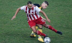 Super League: Ισοπαλία (0-0) στο ΟΑΚΑ για ΑΕΚ και Ολυμπιακό με… κερδισμένο τον ΠΑΟΚ