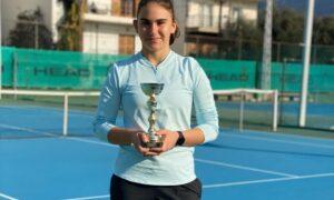 Τένις: Δεύτερη θέση στην Πάτρα η Παπακωνσταντίνου